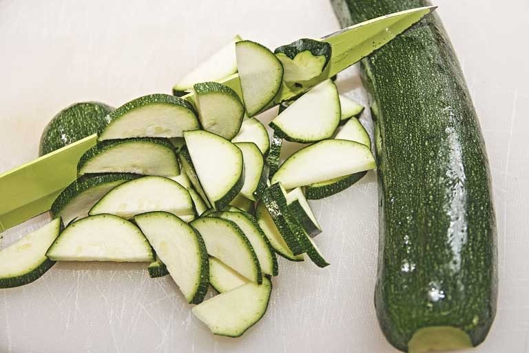 Does Zucchini Have Carbs, Seeds, Sugar and Vitamin K, C and B Complex?